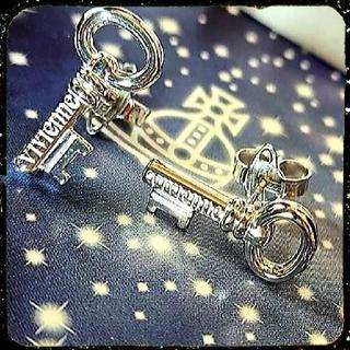ヴィヴィアンウエストウッド(Vivienne Westwood)の新品・EUNICE Earrings silver925(ピアス)