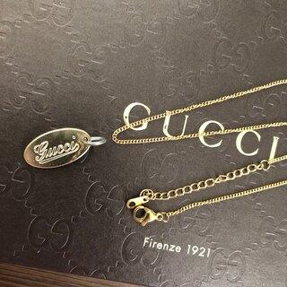 グッチ(Gucci)の正規品 GUCCI グッチロゴプレート+ネックレスチェーン ゴールド色(チャーム)