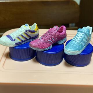 アディダス(adidas)のadidas ペットボトルキャップ(ノベルティグッズ)