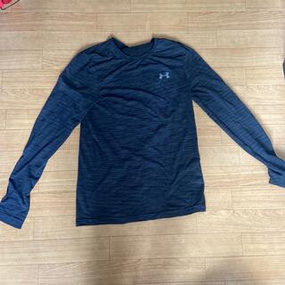 アンダーアーマー(UNDER ARMOUR)の長袖Tシャツ(Tシャツ/カットソー(七分/長袖))
