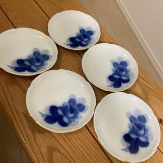 オオクラトウエン(大倉陶園)の大倉陶園 大倉陶苑 ブルーローズ 15センチ皿 5枚セット(食器)