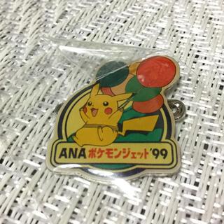 ニンテンドウ(任天堂)のANA ポケモンジェット  99  バッチ  ピカチュウ(バッジ/ピンバッジ)