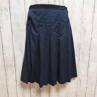 ミュウミュウ(miumiu)のMIU MIU ミュウミュウ プリーツ ひざ丈スカート ネイビー (ひざ丈スカート)