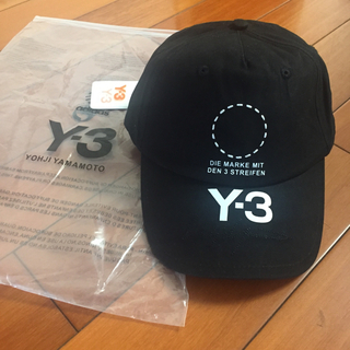 ワイスリー(Y-3)のY一3キャップ帽子(キャップ)