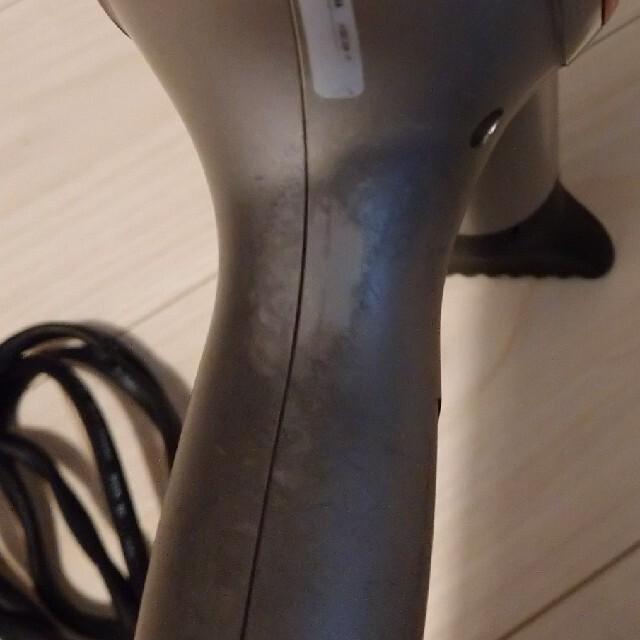 Lumiere Blanc(リュミエールブラン)のヘアビューロン🌟ドライヤー スマホ/家電/カメラの美容/健康(ドライヤー)の商品写真