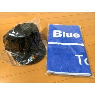 ブルーブルー(BLUE BLUE)のブルーブルー フラットキャップ & フェイスタオル 限定品 2個セット(ウエア)