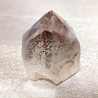 《赤富士水晶☆レッドファントムクォーツ ポイント》天然石 パワーストーン 六角柱(彫刻/オブジェ)