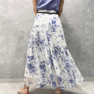 リランドチュール(Rirandture)の今季新品タグ付き リランドチュール エッチングフラワースカート サイズ0(ロングスカート)
