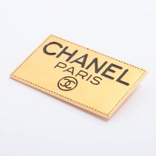 シャネル(CHANEL)のシャネル ロゴ GP  ゴールド レディース ブローチ(コサージュ/ブローチ)