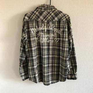 キスマーク(kissmark)のkissmark 刺繍あり チェックシャツ  黒 グレー系 キスマーク(シャツ)