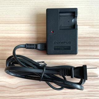 オリンパス(OLYMPUS)のOLYMPUS(オリンパス) デジタルカメラ用 充電器(その他)