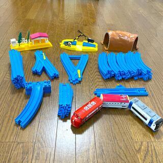 タカラトミー(Takara Tomy)のプラレール⭐︎計52点セット売り(電車のおもちゃ/車)