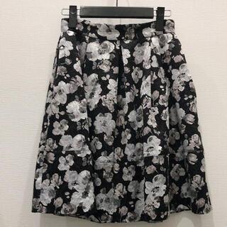 ジルバイジルスチュアート(JILL by JILLSTUART)のジルスチュアート スカート 花柄(ひざ丈スカート)