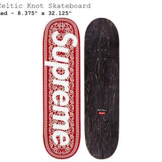 シュプリーム(Supreme)のSupreme Celtic Knot Skateboard Red(スケートボード)