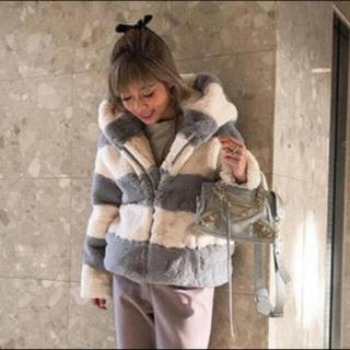 シールームリン(SeaRoomlynn)の即完売 searoomlynn バイカラーフードFURコート(毛皮/ファーコート)