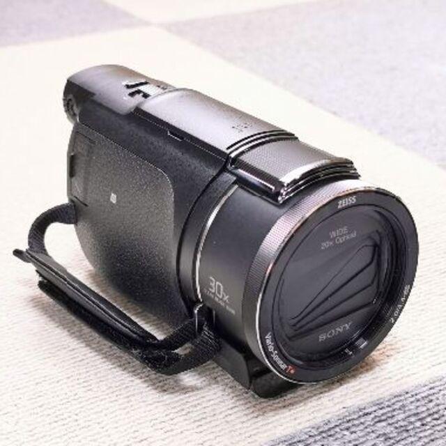 SONY(ソニー)のSONY FDR-AX60「動作確認のみ 保護レンズ付4Kビデオ」 スマホ/家電/カメラのカメラ(ビデオカメラ)の商品写真