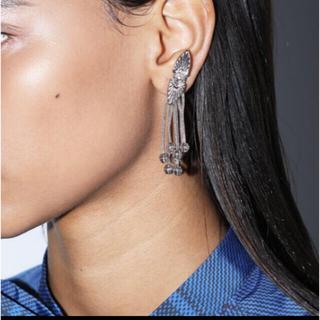 トーガ(TOGA)のTOGA PULLA/ トーガプルラ Metal motif earrings(イヤリング)