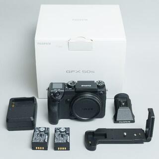 フジフイルム(富士フイルム)のフジ GFX50S ボディ マウントアダプター+レンズセット(デジタル一眼)