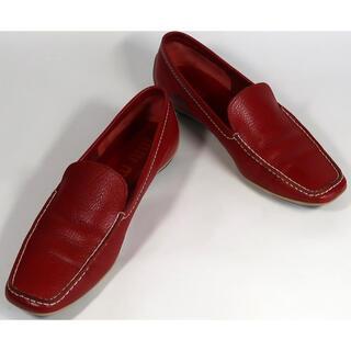 ミュウミュウ(miumiu)のmiumiu, パンプス , レッド ,36(23cm位), 中古, 破損あり(ローファー/革靴)