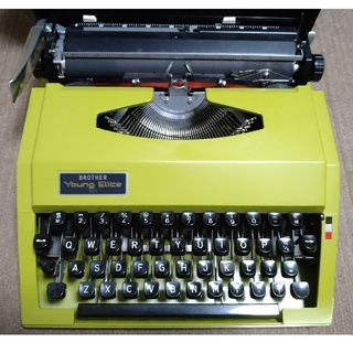ブラザー(brother)のブラザー (英字)タイプライター(オフィス用品一般)
