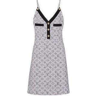 ルイヴィトン(LOUIS VUITTON)のLV louis  Vuitton ドレス ワンピース モノグラム 新品同様(ひざ丈ワンピース)