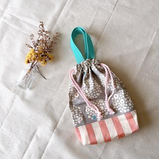 【ハンドメイド】ポップコーン犬×グレー 小さめ巾着型シューズケース 上履き袋(外出用品)