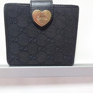 グッチ(Gucci)のグッチ2つ折り財布 GGキャンパス黒 美品(財布)