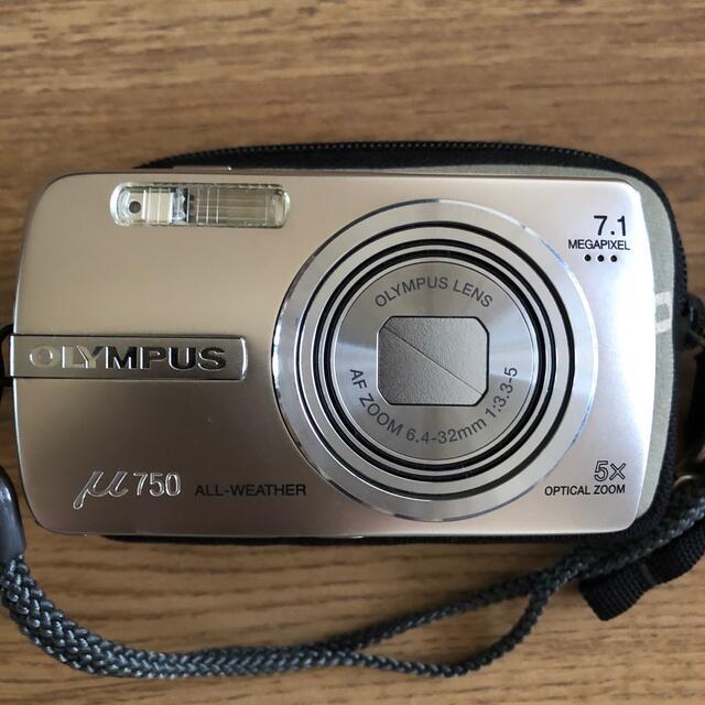 OLYMPUS(オリンパス)のオリンパスμ750 スマホ/家電/カメラのカメラ(コンパクトデジタルカメラ)の商品写真
