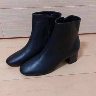 アナザーエディション(ANOTHER EDITION)のアナザーエディション シンプル 黒 ショートブーツ 未使用 送料込(ブーツ)