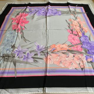 レオナール(LEONARD)のLEONARD レオナール スカーフ 大判 花柄 フラワー(バンダナ/スカーフ)