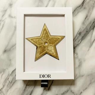 ディオール(Dior)のディオール ピンバッチ ボックス ケース(バッジ/ピンバッジ)
