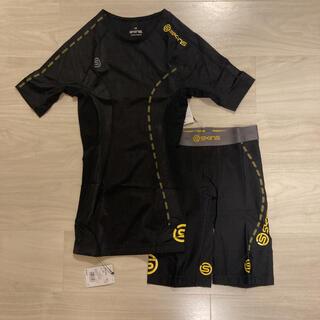 SKINS - XSサイズ 2点セット スキンズ Tシャツ ハーフタイツ