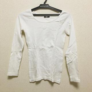 スライ(SLY)のSLY スライ 白 ホワイト 長袖 シンプル カットソー ロングTシャツ(Tシャツ(長袖/七分))