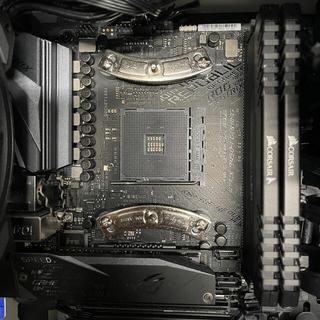 エイスース(ASUS)の自作PC OS.ストレージ無し RYZEN 5 3600X RTX2060S(デスクトップ型PC)