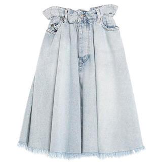 ミュウミュウ(miumiu)のデニムスカート(ひざ丈スカート)