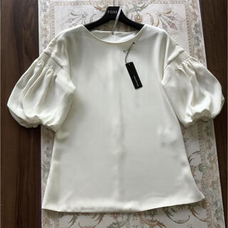 フォクシー(FOXEY)のご専用FOXEY♡ボリュームパフ袖ブラウス 38 ホワイト(シャツ/ブラウス(長袖/七分))