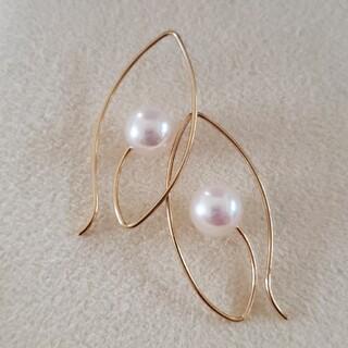 ミキモト(MIKIMOTO)の新品 アコヤ真珠ピアス  7㎜ フックピアス 美しくセンスの良いピアス(ピアス)