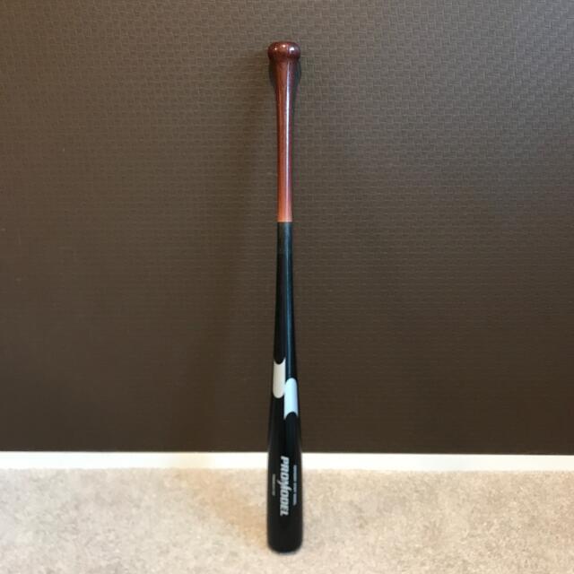 SSK(エスエスケイ)の〈SSK〉 軟式野球用バット 木製  秋山モデル スポーツ/アウトドアの野球(バット)の商品写真