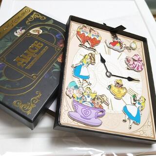 Disney - 上海ディズニー限定アリス ピンバッジ