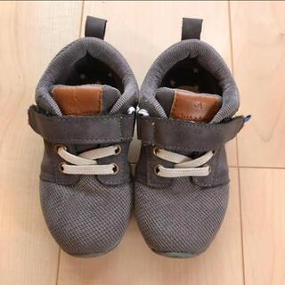 フタフタ(futafuta)のtete a tete 靴 チャコール 16.0cm(スニーカー)