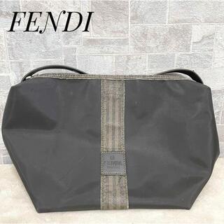 フェンディ(FENDI)の【希少】FENDI フェンディ ナイロン ポーチ ブラック ペカン ズッカ(ポーチ)