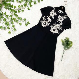 ヴァレンティノ(VALENTINO)の本物 最高級ライン ヴァレンティノ 花柄 刺繍 半袖 ワンピース ドレス S 黒(ひざ丈ワンピース)