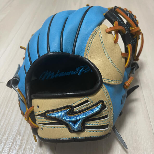 MIZUNO(ミズノ)のミズノプロ 軟式オーダーグラブ スポーツ/アウトドアの野球(グローブ)の商品写真