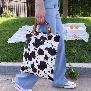 エイミーイストワール(eimy istoire)のカウ パターンバッグ アニマル柄 牛柄 動物 秋 冬 レディース バッグ(ハンドバッグ)