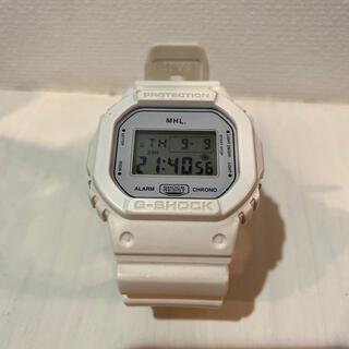 マーガレットハウエル(MARGARET HOWELL)のMHL.コラボ G-SHOCK 白色(腕時計)