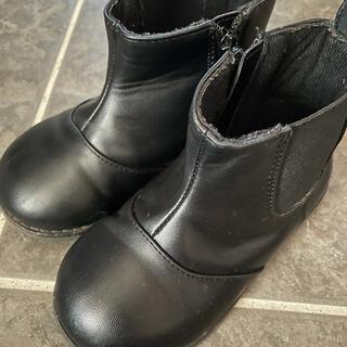 プティマイン(petit main)のショートブーツ(ブーツ)