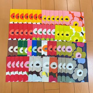 マリメッコ(marimekko)のペーパーナプキン   マリメッコ   ウニッコ  (小)   51枚セット(各種パーツ)