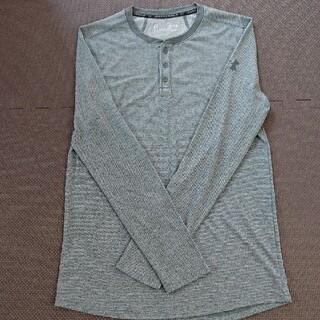 アンダーアーマー(UNDER ARMOUR)の   UNDER ARMOUR  アンダーアーマー ポリエステルTシャツ(Tシャツ/カットソー(七分/長袖))