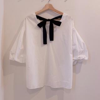 ディーホリック(dholic)のリボン シャツ カットソー トップス 韓国(Tシャツ(長袖/七分))