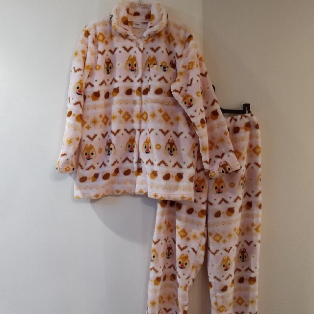 チップ&デール(チップアンドデール)のチップとデール ふわふわパジャマ レディースのルームウェア/パジャマ(ルームウェア)の商品写真